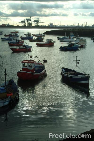 Picture of Fishing Boats, Paddy's Hole, - Free Pictures - FreeFoto.com