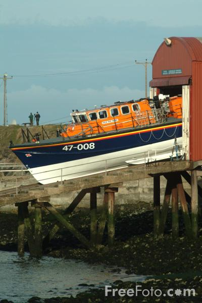 Picture of Teesmouth All Weather Lifeboat Lord Saltoun 47-008 - Free Pictures - FreeFoto.com