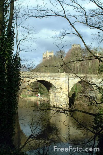 Picture of River Wear, Durham - Free Pictures - FreeFoto.com