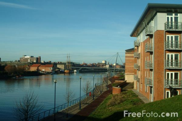 Picture of Riverside Apartments and Offices, Stockton on Tees - Free Pictures - FreeFoto.com