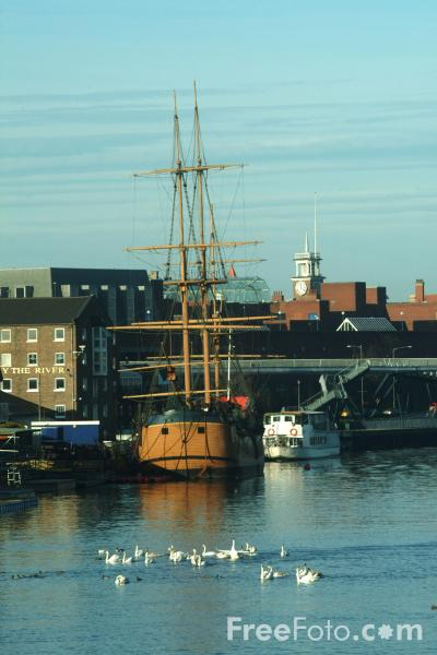 Picture of H.M. Bark Endeavour, Stockton on Tees - Free Pictures - FreeFoto.com
