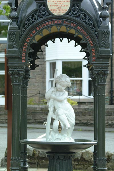 Picture of Cast iron canopied drinking fountain, Middleton in Teesdale - Free Pictures - FreeFoto.com