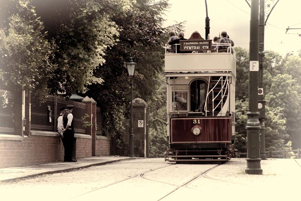 Picture of Blackpool Tram 31 at Beamish Museum - Free Pictures - FreeFoto.com