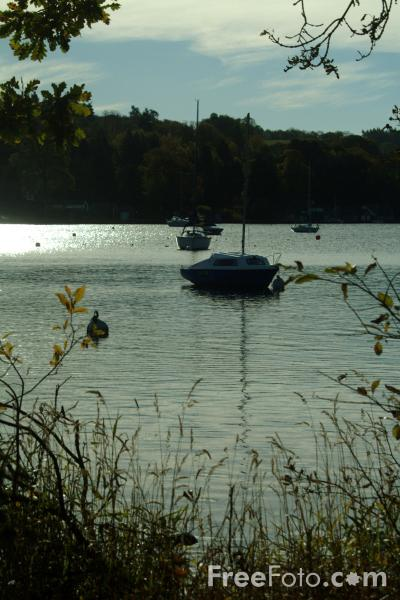 Picture of Lake Windermere, The Lake District - Free Pictures - FreeFoto.com