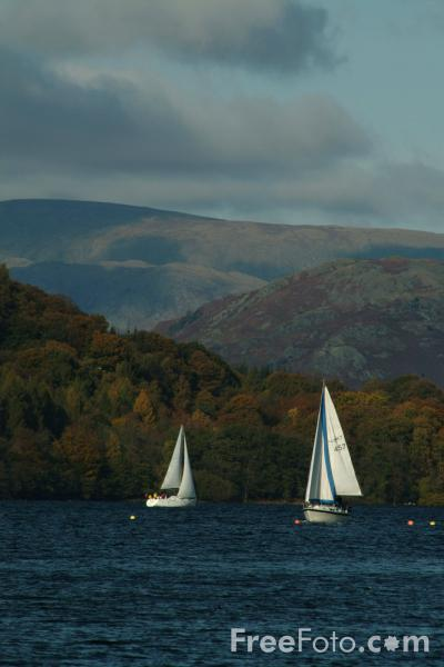 Picture of Sailing, Lake Windermere, The Lake District - Free Pictures - FreeFoto.com