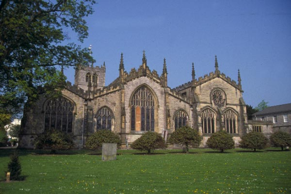 Picture of Kendal Parish Church, The Church of Angels - Free Pictures - FreeFoto.com