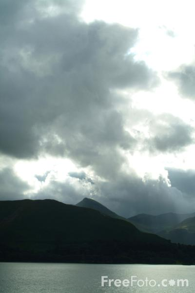 Picture of Storm Clouds, Derwent Water, Keswick, The Lake District - Free Pictures - FreeFoto.com
