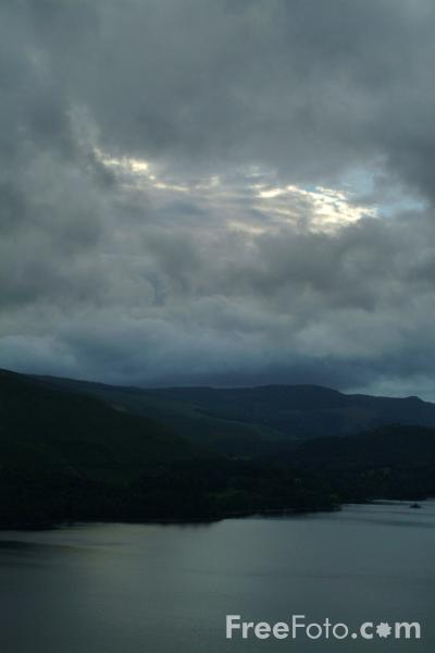 Picture of Derwent Water, Keswick, The Lake District - Free Pictures - FreeFoto.com
