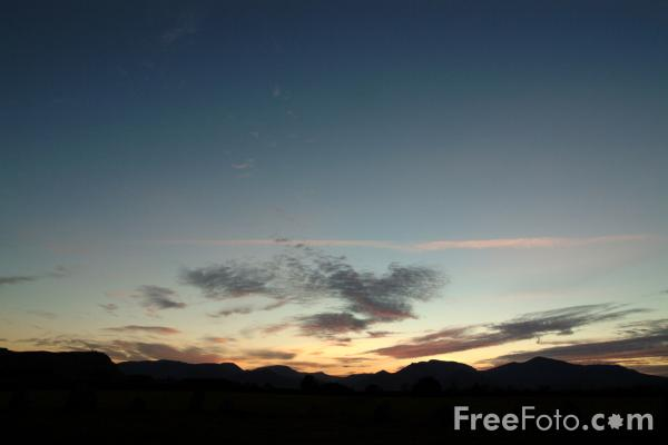 Picture of Evening Light, Derwent Water, Keswick, The Lake District - Free Pictures - FreeFoto.com