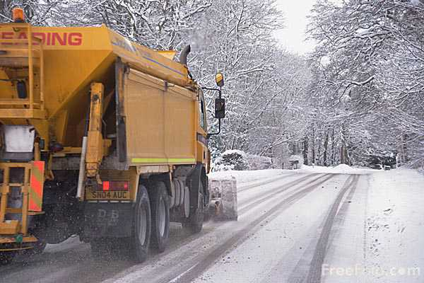 Picture of Snow Plough - Free Pictures - FreeFoto.com