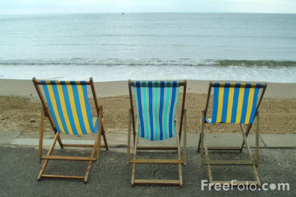 Picture of Deck Chairs, Bournemouth Seafront - Free Pictures - FreeFoto.com