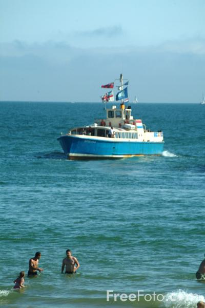 Picture of Bournemouth Pier Cruises - Free Pictures - FreeFoto.com