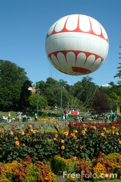 Picture of Bournemouth Eye Tethered Balloon, Bournemouth, Dorset, England - Free Pictures - FreeFoto.com