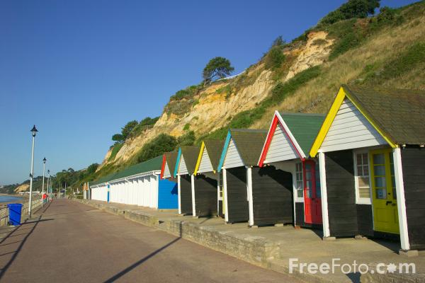 Picture of Beach Huts, Bournemouth, Dorset, England. - Free Pictures - FreeFoto.com