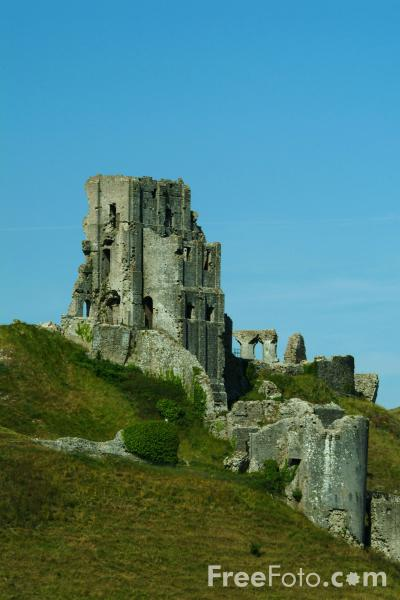 Picture of Corfe Castle, Dorset - Free Pictures - FreeFoto.com