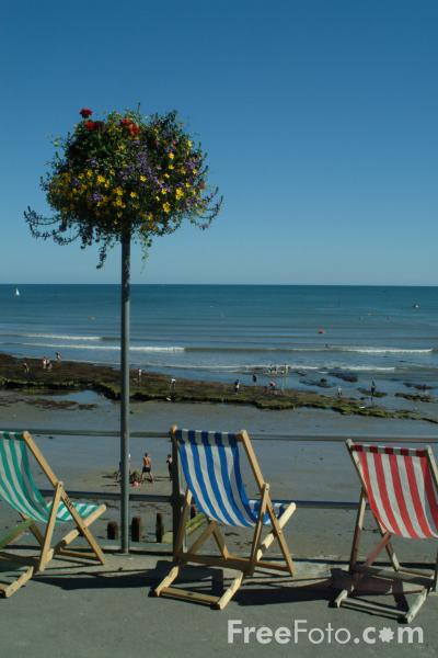 Picture of Deck Chairs, Lyme Regis, Dorset, England - Free Pictures - FreeFoto.com