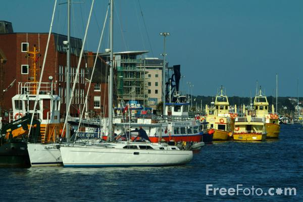 Picture of Poole Harbour, Dorset - Free Pictures - FreeFoto.com