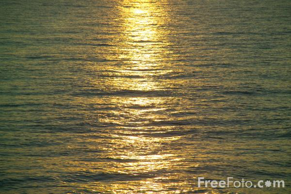 Picture of Sunset, Studland Bay - Free Pictures - FreeFoto.com