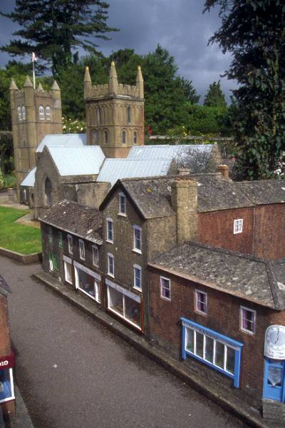 Picture of Wimborne Model Town and Gardens - Free Pictures - FreeFoto.com