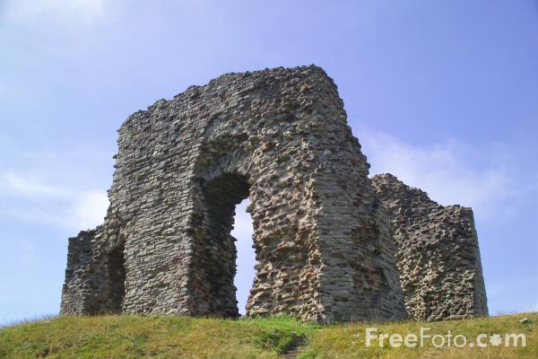 Picture of Twynham Castle, Christchurch, Dorset - Free Pictures - FreeFoto.com