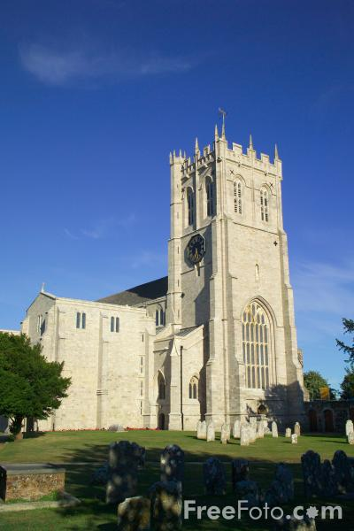 Picture of The 11th century Priory Church, Christchurch, Dorset - Free Pictures - FreeFoto.com