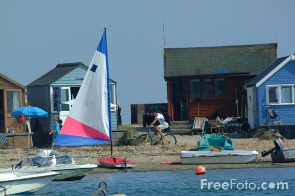 Picture of Sailing, Hengistbury Head, Christchurch, Dorset - Free Pictures - FreeFoto.com