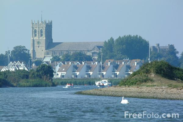 Picture of Christchurch, Dorset - Free Pictures - FreeFoto.com