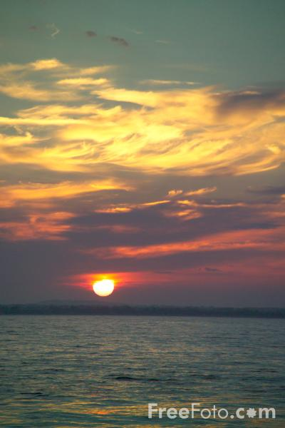 Picture of Sunset, Studland Bay, Dorset - Free Pictures - FreeFoto.com