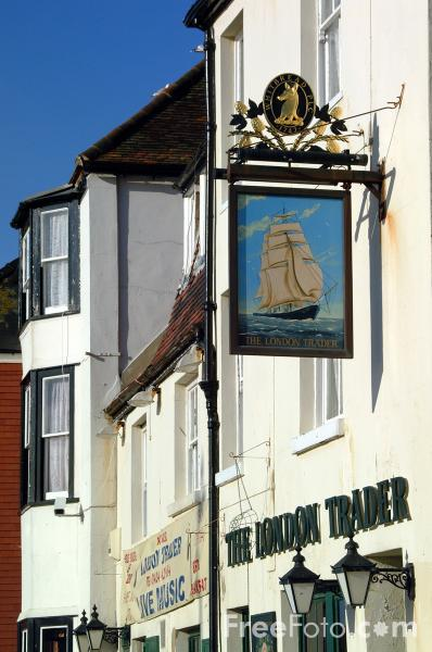 Picture of The London Trader, Hastings - Free Pictures - FreeFoto.com