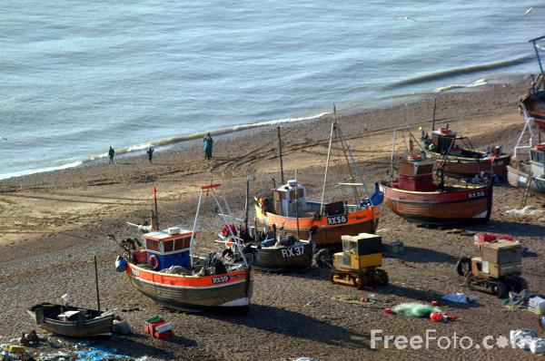 Picture of Britain's biggest fleet of beach-launched fishing boats at Hastings - Free Pictures - FreeFoto.com