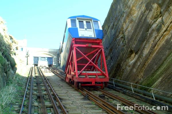 Picture of The East Cliff Railway, the steepest in Britain. - Free Pictures - FreeFoto.com