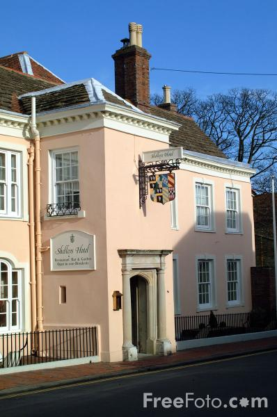 Picture of Shelley's Hotel, Western Road, Lewes - Free Pictures - FreeFoto.com