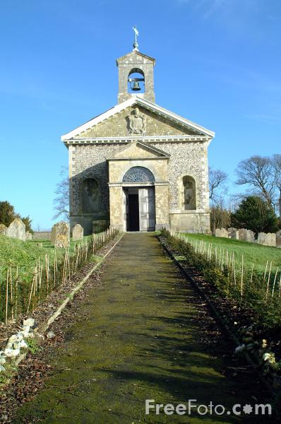 Picture of The church of St Peter, Glynde - Free Pictures - FreeFoto.com