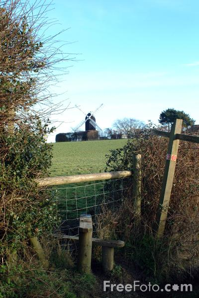 Picture of Windmill, Winchelsea - Free Pictures - FreeFoto.com