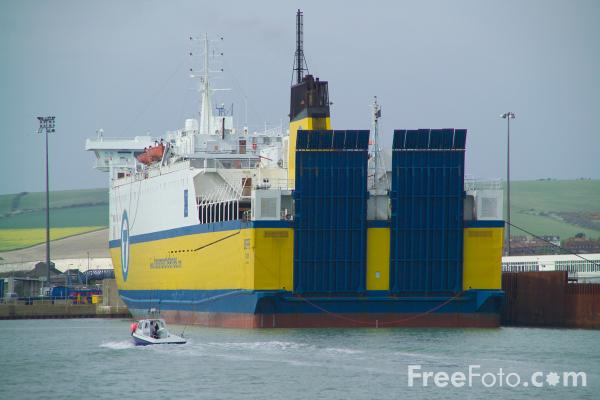 Picture of Ferry, Newhaven, Sussex - Free Pictures - FreeFoto.com