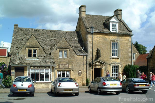 Picture of Bourton on the water - Free Pictures - FreeFoto.com