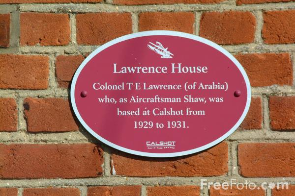 Picture of Lawrence House, Calshot, Hampshire - Free Pictures - FreeFoto.com