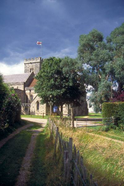 Picture of St. Mary's Church, Fordingbridge - Free Pictures - FreeFoto.com