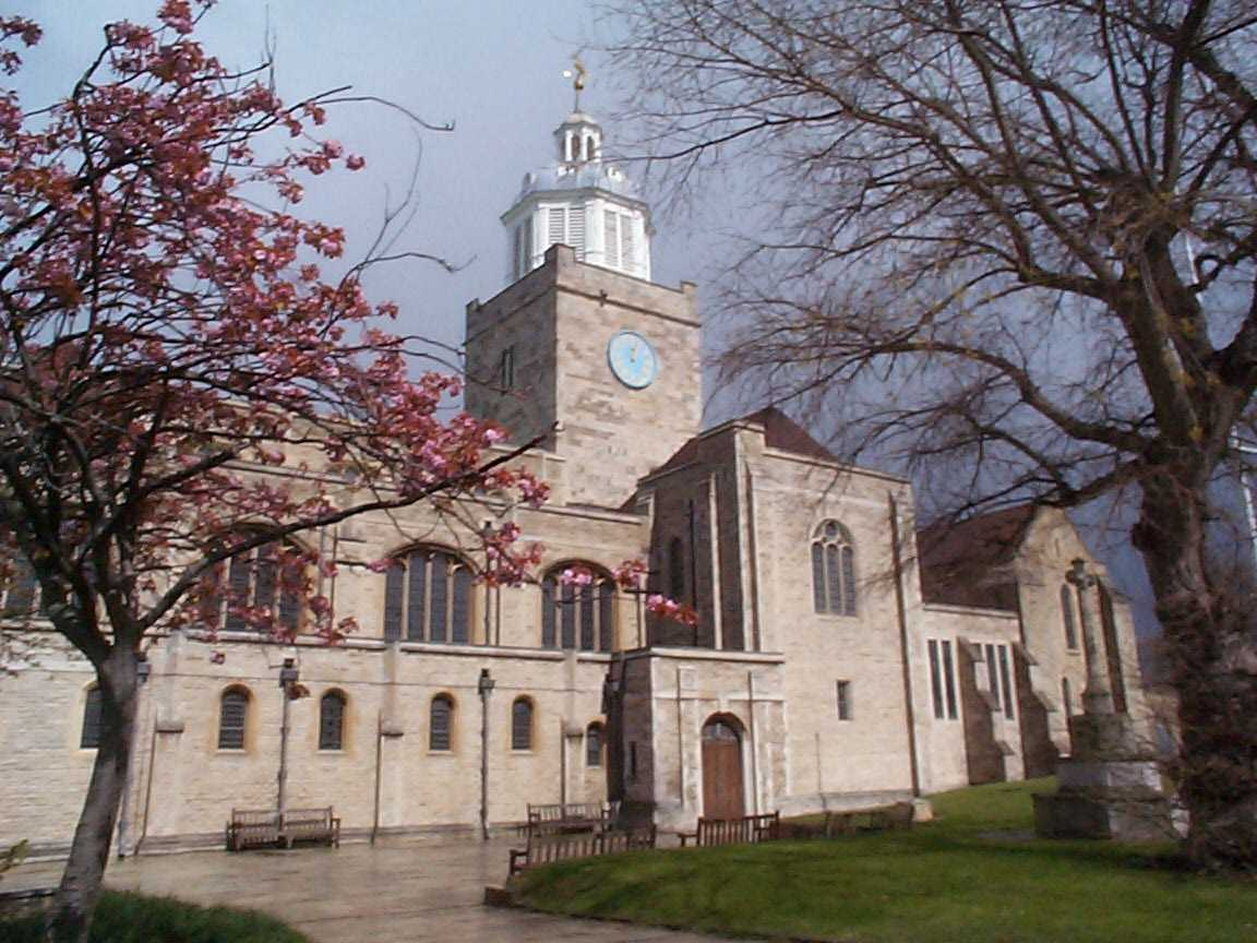 Picture of The Cathedral Church of St Thomas of Canterbury, Portsmouth - Free Pictures - FreeFoto.com