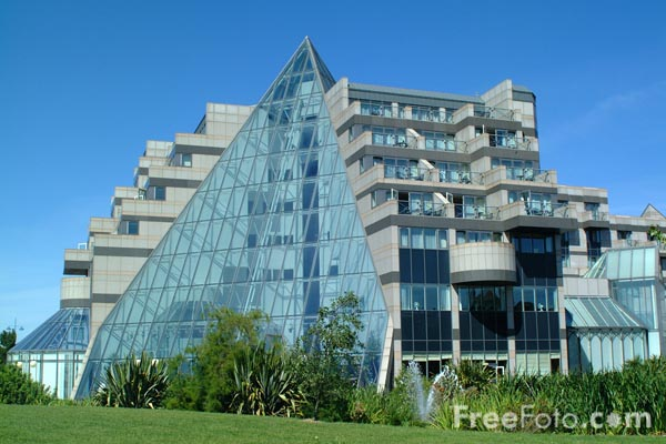 Picture of De Vere Grand Harbour Hotel, Southampton, Hampshire - Free Pictures - FreeFoto.com