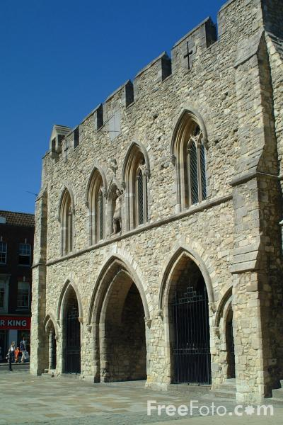 Picture of The Bargate Monument, Southampton, Hampshire - Free Pictures - FreeFoto.com
