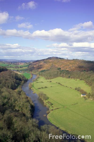 Picture of Yat Rock Viewpoint, Herefordshire - Free Pictures - FreeFoto.com
