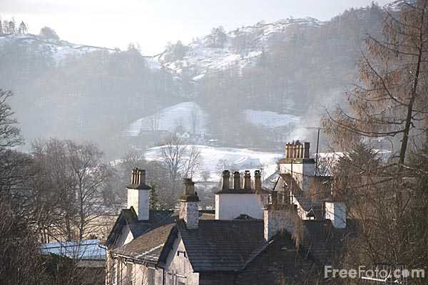 Picture of Chimney Pots and rooftops - Free Pictures - FreeFoto.com