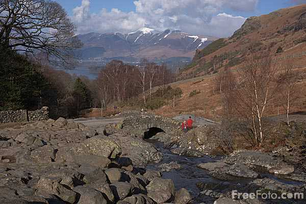 Picture of Ashness Bridge - Free Pictures - FreeFoto.com