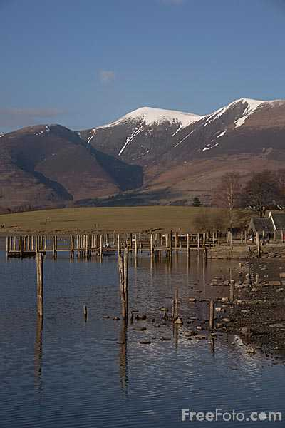 Picture of Skiddaw viewed from Keswick - Free Pictures - FreeFoto.com