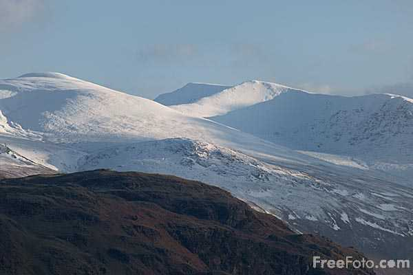 Picture of snow-covered mountains in the English Lake District - Free Pictures - FreeFoto.com