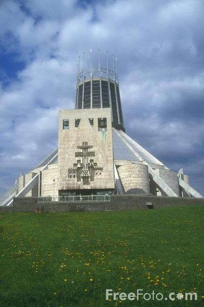 Picture of Metropolitan Cathedral of Christ the King, Liverpool - Free Pictures - FreeFoto.com
