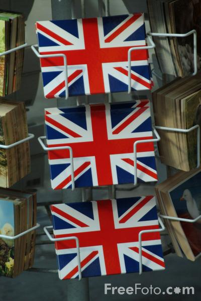 Picture of Union Jack Postcards, Canterbury, England - Free Pictures - FreeFoto.com