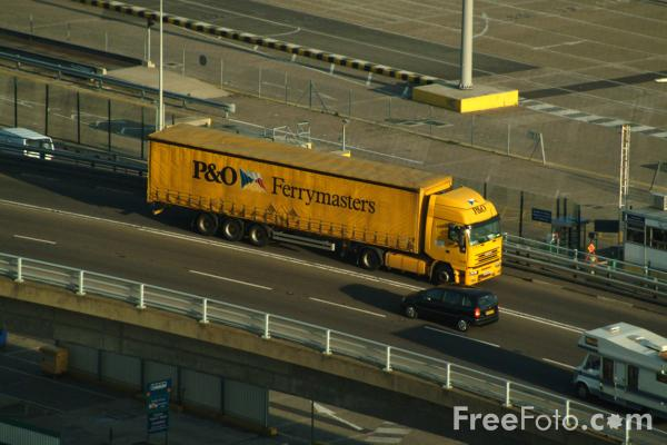 Picture of Heavy Goods Vehicle (HGV,)Dover, England - Free Pictures - FreeFoto.com