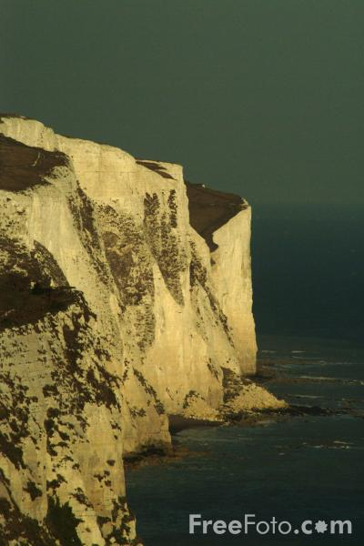 Picture of The White Cliffs of Dover - Free Pictures - FreeFoto.com